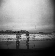 (-Alberto_) Tags: holga120n doubleexposure 120film 6x6 mediumformat blackandwhite monochrome seascape