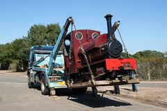 7 (Hampton & Kempton Waterworks Railway.) Tags: darent arrives loop