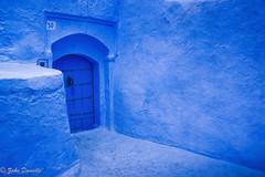 Tout en bleu (Marmad31) Tags: porte ruelle chefchaouen maroc pigments bleu chaouen