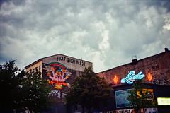fickt eusch allee. (Barbs--) Tags: fickteuschallee lido berlin kreuzberg summernight sommer storm sturm leicam6 kodakektar100 film graffiti streetart