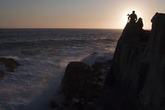 Atardecer (CURZU@) Tags: naturaleza chile sudamerica mar costa abtao costadechile nortedechile nortechicodechile norte sunset atardecer puestadesol siluetas contraluz fotografos sol sun sea horadorada