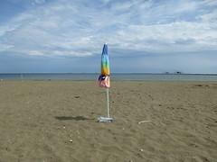 P1000014 (gzammarchi) Tags: italia mare colore nuvola natura spiaggia paesaggio ravenna ombrellone camminata itinerario portocorsini