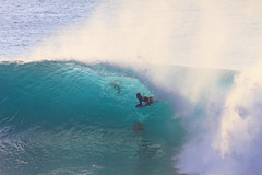 tube ride (bluewavechris) Tags: ocean sea sun water face canon fun hawaii surf ride action surfer tube barrel wave maui lip sponge thebay swell bodyboard honoluabay honolua bodyboarder