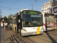 Van Hool new A330 (Lanchid) Tags: bus tram antwerpen anvers vanhool pcc delijn hermelijn nationalebank lijn13 newa320
