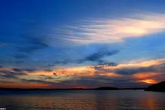 Coucher de soleil en Bretagne (Nico_bzh29) Tags: world ocean life sunset sea sun mer sunlight men water colors beauty lumix soleil flickr paradise couleurs coucher panasonic incredible paradis fz28