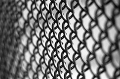 ilford 400xp-09-28-12-014 (Burnt Umber) Tags: film playground fence court wire chain tennis link raquetball ilfordxp2super400 allrightsreserved fujicaax3 rpilla001 rad20120929 mcautozoomcpcphase2cct75200f45
