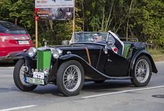 MG TC (1947) (The Adventurous Eye) Tags: classic car race climb do hill mg brno tc rallye 1947 závod soběšice vrchu brnosoběšice