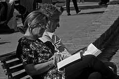 Readers (Wal CanonEOS) Tags: readers loslectores lectores readingbook lectoresdelibros books libros leyendo lectura lecture womanman manwoman mujerhombre mujer hombre woman man femme men dia day airelibre argentina argentinabsas candidreaders readerscandid bsas buenosaires caba capitalfederal ciudadautonoma ciudaddebuenosaires villacrespo parquecentenario gente people canon eos rebelt3 canoneosrebelt3 calle callejeando calles candid candidstreet candidstreets hdrcandid hdr hdrbw alairelibre street streets streetsbw strange blackandwhite blancoynegro byn bw blanco y negro monocromatico monocromatic monocromo