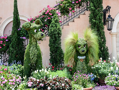 Disney May 2016-0107 (MoPhotos Photography) Tags: nikon d7100 disney orlando florida flowergarden epcot topiary ladythetramp dogs