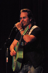 Mic talk (johnrebus456) Tags: kip winger live