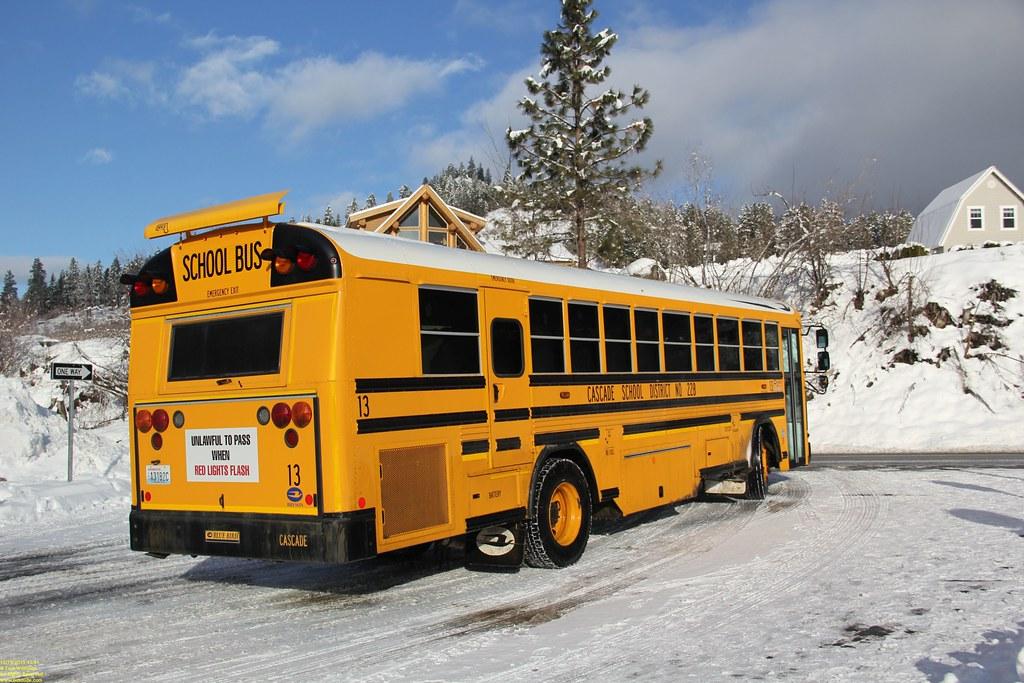 Alki Tours Leavenworth Snow Bus