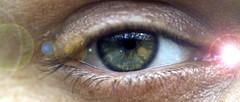 113/365: Flare (dramamath) Tags: macro eyeball monthlyscavengerhunt msh day113 365days spotsbeforetheeyes september2012 0912sh1