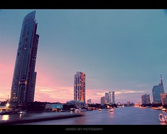 Sunset on the Chao Phraya (Anindo Dey) Tags: sunset thailand bangkok olympus chao chaophrayariver phraya anindo e520 olympuse520 mygearandme mygearandmepremium mygearandmebronze mygearandmesilver mygearandmegold mygearandmeplatinum oniondo anindodey