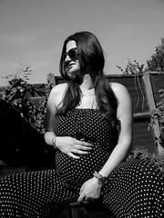 (Rewind Pleaseee) Tags: woman white black fashion vintage photo shoot pregnant polka dot vogue tok 1960 arda mehtap