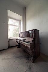Gut P (maxelmann) Tags: abandoned germany lost leipzig forgotten sachsen verlassen urbex klavier vergessen lostplaces maxelmann lostplacesleipzig gutp