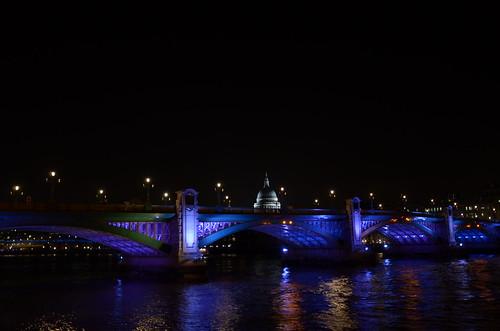 Southwark bridge at night ©  Still ePsiLoN
