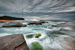 North Narrabeen swell (Luke Tscharke) Tags: sky sunrise stormy swell northnarrabeen