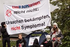 umFAIRteilen ([verfall]) Tags: germany demo dof bokeh politics demonstration anonymous bochum nordrheinwestfalen schauspielhaus abschlusskundgebung occupy umfairteilen