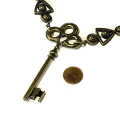 Steampunk Jewelry - Necklace - Antique brass Tone Key (Catherinette Rings Steampunk) Tags: necklace key punk industrial antique victorian jewelry steam fantasy copper brass beaded steampunk catherinetterings steamteam