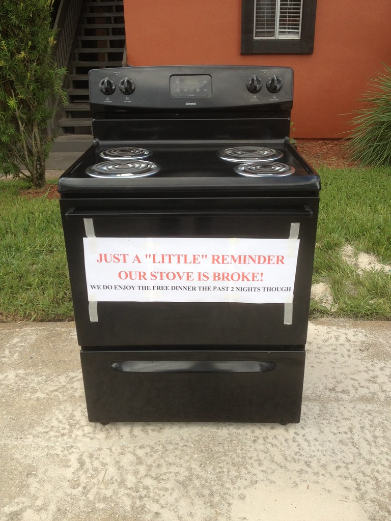 Just a 'little' reminder our stove is broke! We do enjoy the free dinner the past 2 nights though