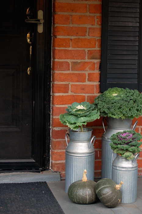 porch-fall-planters
