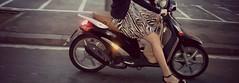(newites) Tags: barcelona street white black blanco girl liberty calle chica dress negro leg moto vestido piaggio pierna newites