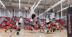 Killin' it (acase1968) Tags: sou volleyball courtney macklin southern oregon university ashland high school mountain gym nikon d500 nikkor 20mm f18g indoor lighting gymnasium cascade conference collegiate college evergreen geoducks raiders