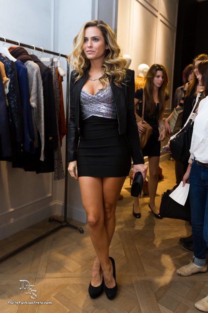 Clara Morgane @ Vogue Fashion Night Out 2012 par DailyFashionStyle
