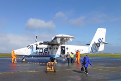 Tiree Airport (Sea Pigeon) Tags: scotland tiree hebrides dehavilland loganair twinotter dhc6