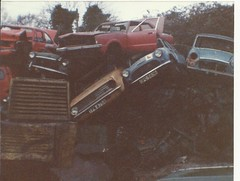 CARDIFF ROAD CAR BREAKERS,dec 87. (RUSTDREAMER.) Tags: cortina mini scrapyard wreck watford maxi morrisminiminor rustdreamer