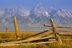 CL8A9028 (kdc123) Tags: sunrise nationalpark september grandteton mormonrow