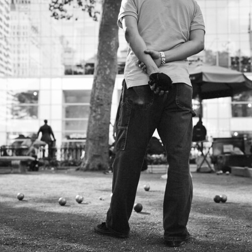 "boules bryant park 3 • <a style=""font-size:0.8em;"" href=""http://www.flickr.com/photos/19234769@N00/8031958725/"" target=""_blank"">View on Flickr</a>"