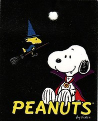 Peanuts Halloween (Calsidyrose) Tags: autumn fall classic halloween paper design graphic harvest style peanuts eerie ephemera spooky snoopy font schulz allhallowseve greatpumpkin