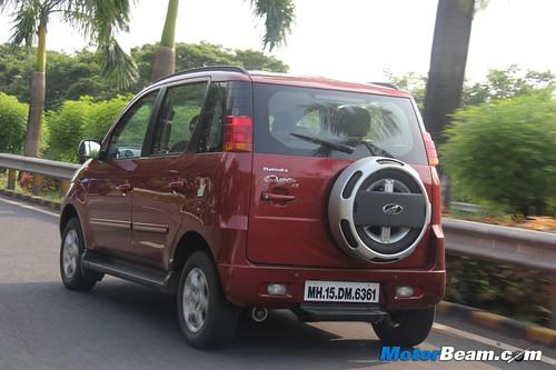 2012-Mahindra-Quanto-Review-04