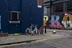 Red Church Street, London (SBAGLIATO.) Tags: street uk streetart london architecture ben urbanart finestra openwindow londra architettura eine persiane arteurbana sbagliato tapparelle streetartlondon