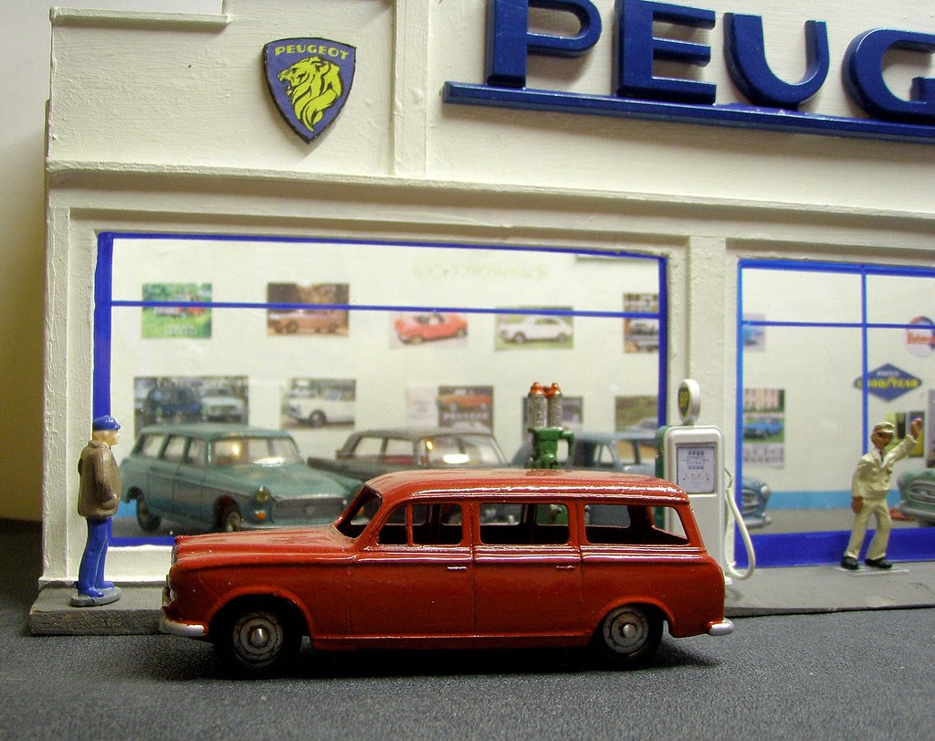 The world 39 s best photos of garage and miniatures flickr for Garage auto fab ennery