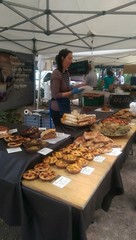 Bloomsbury Market (KT-wu) Tags: bloomsburyfarmersmarket streetfood london cake fruittart bakery pastry pastries
