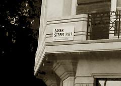 Baker st. (EmilyM 00) Tags: london bakerst bakerstreet blackandwhite canoneos1300d photography