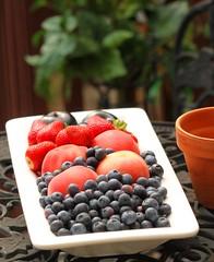 Preserving Summer Fruit (Baking is my Zen) Tags: storingberriesandstonefruit preservingsummerfruit photobycarmenortiz canonrebelt1i fruit stonefruit food dessert bakingismyzen summerfruit