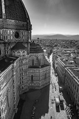 Perspectives de Florence : Duomo (Pierre dB) Tags: duomo toscane florence italie noiretblanc