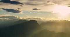 mrchenhafte Alpenwelt (phozuppel) Tags: alpen kufstein berge sterreich goldenhour sony sonnenuntergang sunset landscape landschaft herbst oktober
