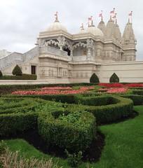 BAPS Shri Swaminarayan Mandir London (Neil Gaffney) Tags: neilgaffney london wigan baps mandir shri bapsshriswaminarayanmandir