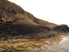 Basalt columns, Isle of Staffa (lesleyw8) Tags: scotland basalt columns sea staffa