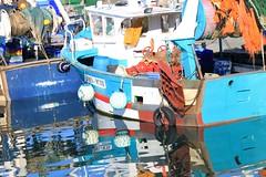 MON DESIR en reflets (Jeanne Menjoulet) Tags: port laturballe bretagne mondesir reflets mer reflection water boat bateau pêche fishingboat chalutier