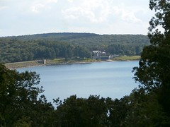 365-246, Windsor Dam at Quabbin Reservoir (pecooper98362) Tags: massachusetts photoaday belchertown quabbinreservoir windsordam ahobblingaday winsormemorialpark quabbinvisitorscenter