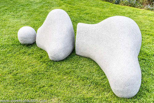 Reclining Figure by Anne McGill: Sculpture in Context 2012
