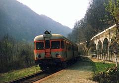 Losa,Pasqua 1991 (633massimo) Tags: torino stazione ceres aln ferrovia losa 668 satti