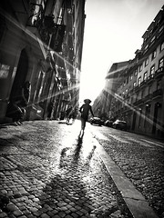 Rush (Fernando_PC) Tags: street light woman portugal silhouette dark blackwhite flickr downtown ray shadows lisbon low streetphotography run baixa x10 streetphotographer lowpov 500px fujifilmx10 fernandopc