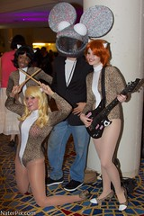 DragonCon 2012 - Josie and the Pussycats, Deadmau5 (nraupach) Tags: atlanta canon costume cosplay comiccon dragoncon josieandthepussycats 2012 deadmau5 naterpix