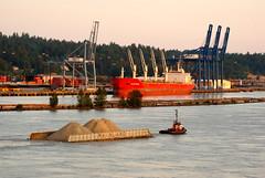 tug Seaspan Prince (agent1320) Tags: canada boat tugboat tug towing barges